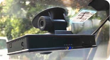 全営業車両にテレマティクスを導入して、リアルタイムで運転状態を「見える化」。エコドライブとともに、安全運転を促進しています
